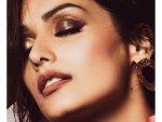 Manushi Chhillar In A Stunning Copper Metallic Eye Make Up
