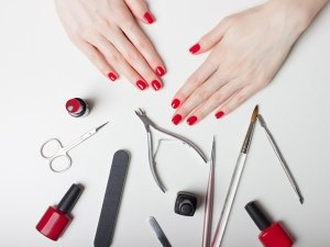 12-Step Guide To Do A DIY Manicure At Home