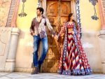 Love Aaj Kal 2 Stars Sara Ali Khan And Kartik Aaryan In Colour Co Ordinated Outfits