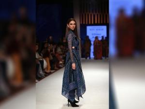 Aditi Rao Hydari Turns Showstopper For Ritu Kumar At Lakme Fashion Week Summer Resort