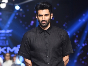 Aditya Roy Kapur Turns Showstopper For Reebok India With Chola At Lakme Fashion Week Summer Resort