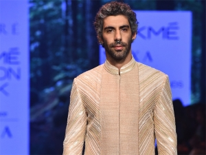 Jim Sarbh Turns Showstopper For Amaare At Lakme Fashion Week Summer Resort