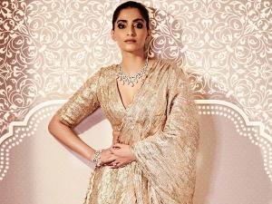Malaika Arora Sonam Kapoor Ahuja And Kareena Kapoor Khan In Gota Zari Lehenga