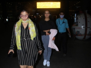 Kajol And Nysa Devgan In Colour Co Ordinated Outfits At Airport