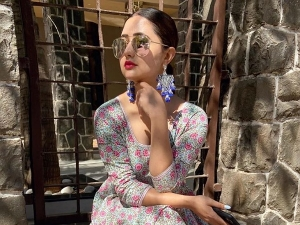 Bigg Boss 13 Contestant Rashami Desai In A Floral Summer Outfit