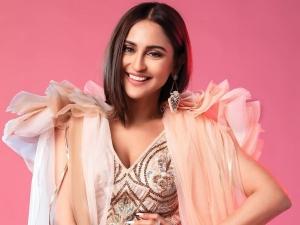 Ek Hazaaron Mein Meri Behna Hai Actress Krystle D Souza In Dramatic Gown