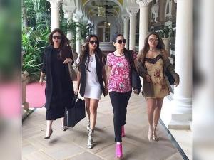 Kareena Kapoor Karisma Kapoor Malaika Arora Amrita Arora Girl Gang Picture On Instagram