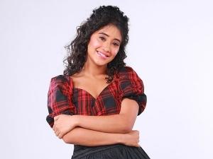 Yeh Rishta Kya Kehlata Hai Actress Shivangi Joshi In A Checkered Top And Black Skirt