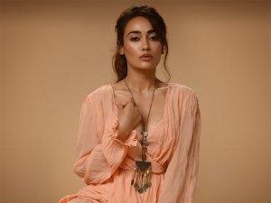 Qubool Hai Actress Surbhi Jyoti Wows In Peach Flared Ruffle Dress In Her Latest Photoshoot