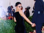 Kylie Jenner Shares Her Wardrobe Malfunction Experience With Black Gown From Met Gala