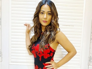 Hacked Actress Hina Khan In Mermaid Floral Gown