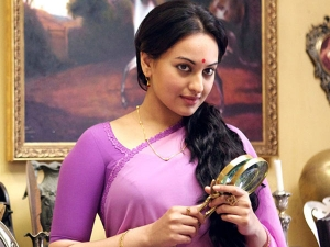 On Sonakshi Sinha S Birthday Her Top Saree Looks From Lootera