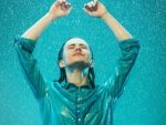 How To Deal With Monsoon Hair Problems