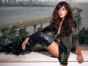 Rhea Chakraborty S Fashionable Outfits On Her Birthday