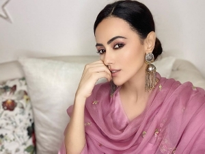 Special Ops Actress Sana Khan In A Pink Ethnic Ensemble