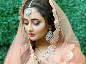 Naagin Actress Rashami Desai In A Beautiful Orange Lehenga