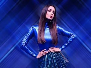 Malaika Arora In An All Blue Metallic Dress For India S Best Dancer