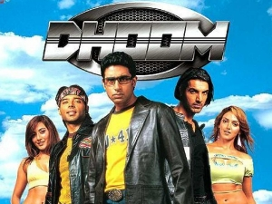 On 16 Years Of Dhoom Esha Deol S Stunning Looks From The Songs Of The Film