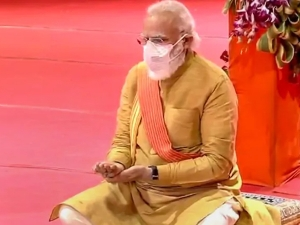Ram Mandir Bhoomi Poojan Narendra Modi Lays The First Brick And Says Its A Golden Day