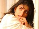 Dil Bechara Actress Sanjana Sanghi S Recent Western Looks