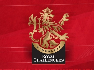 Royal Challengers Bangalore Tribute Covid19 Heroes Through Ipl