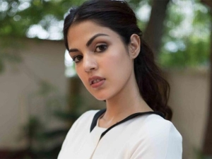 Rhea Chakraborty S Smash Patriarchy T Shirt And Celebs Reactions