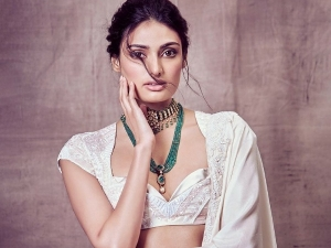 Mubarakan Actress Athiya Shetty S Top Four Beauty Moments On Her Birthday