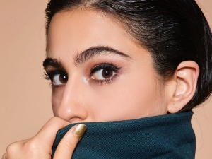 Sara Ali Khan S Glam Eye Makeup Look From Coolie No 1 Promotions