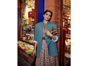 Sonam Kapoor Ahuja S Stylish Look On Her Instagram