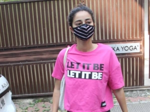 Liger Actress Ananya Panday Slays In A Super Cool Pink Quoted T Shirt