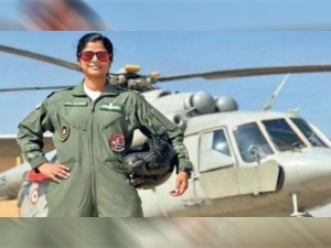 Flight Lieutenant Swati Rathore First Woman To Lead Republic Day Parade Flypast