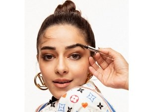 Ananya Panday Turns 'Wannabe Kendall Jenner' As She Strikes Quirky Poses In Subtle Makeup And Top Knot Bun