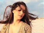 Sonam Kapoor Ahuja Flaunts Soft Glam Makeup Look On Instagram