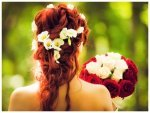 Cute Hair Accessories To Flaunt Your Love For Flowers On Rose Day