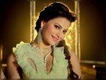 Urvashi Rautela S Look In Ek Ladki Bheegi Bhaagi Si Song