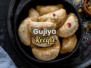 Holi Special How To Make Gujiyas Recipe
