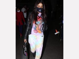Janhvi Kapoor S Bob Marley Tee Airport Look