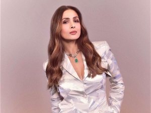 Malaika Arora In A Sassy And Chic Pastel Pantsuit For Super Dancer