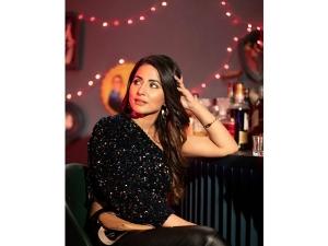 Hina Khan S Glamorous Party Look In Patthar Wargi Music Video