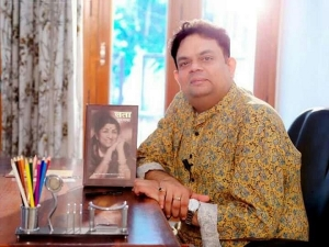 Prabha Khaitan Foundation S Kalam Series With Celebrated Poet Scholar Yatindra Mishra On June