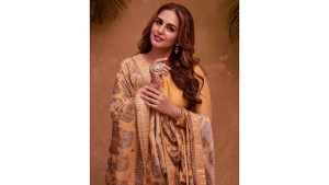 Army Of The Dead Actress Huma Qureshi In A Traditional Indian Anarkali Set For Eid