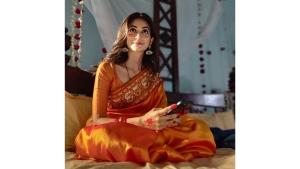 Kriti Kharbanda S Saree And Bridal Look From 14 Phere