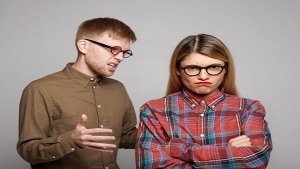 Toxic Partner Alert: 9 Tell-Tale Signs That You Must Not Ignore