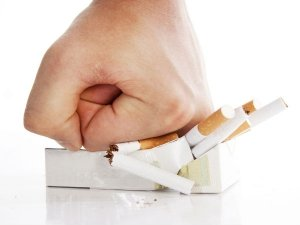 Quit Smoking To Save Your Eyes