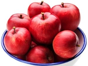 Apples To Get Rid Of Bad Breath