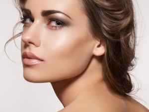 Genius Tricks To Get Dewy Skin