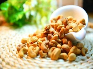 Benefits Of Eating Cashew Nuts Every Day