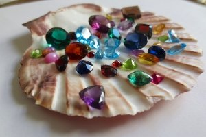 Lagna Rashi Mesha : Do Not Wear These Gemstones