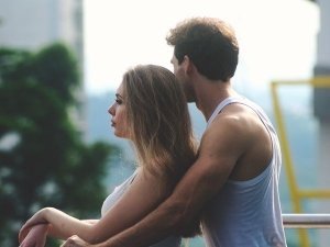 Signs You Are In Denial Of Struggling In A Bad Relationship