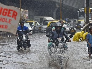 Here Are Some Tips To Stay Healthy During Floods